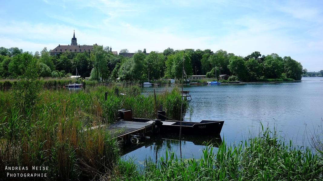 Süßer See , Blick über den See zur Burg