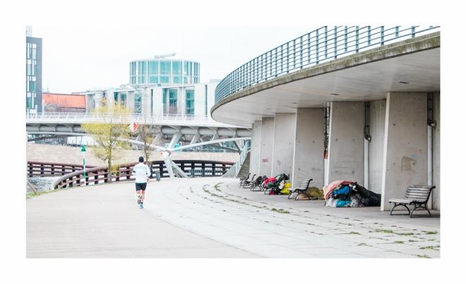 Obdachlose am Ludwig Erhard Ufer