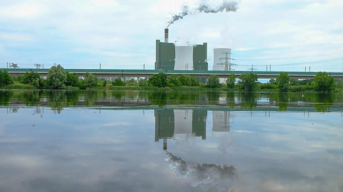 Deutschlands längste Brücke , ICE Strecke Halle/Leipzig München , Kraftwerk Buna